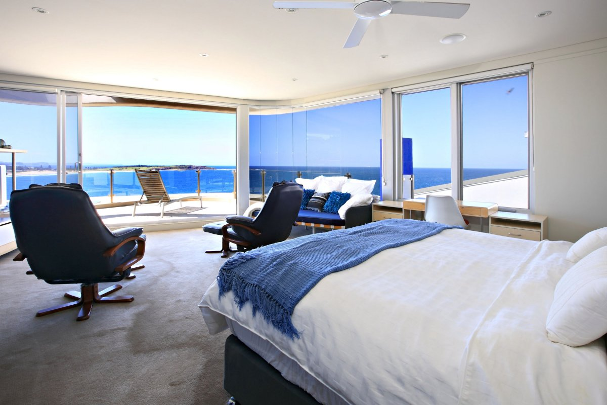 Holiday accommodation sydney northern beaches dee why paradiso