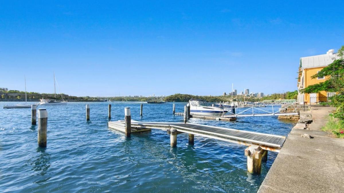 Balmain Waterfront Holiday House private Boat ramp
