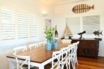 Family Holiday House Accommodation Freshwater Living Dining area