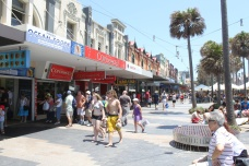 manly-beach-shopping