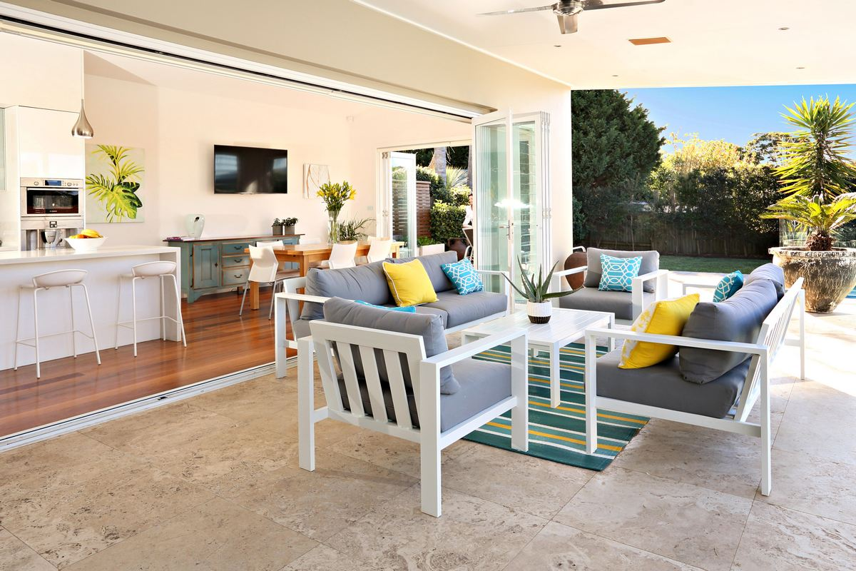 Outdoor sitting areas Modern Beach Holiday Haven Home