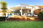 Modern Beach Haven vacation house Sydney Beaches