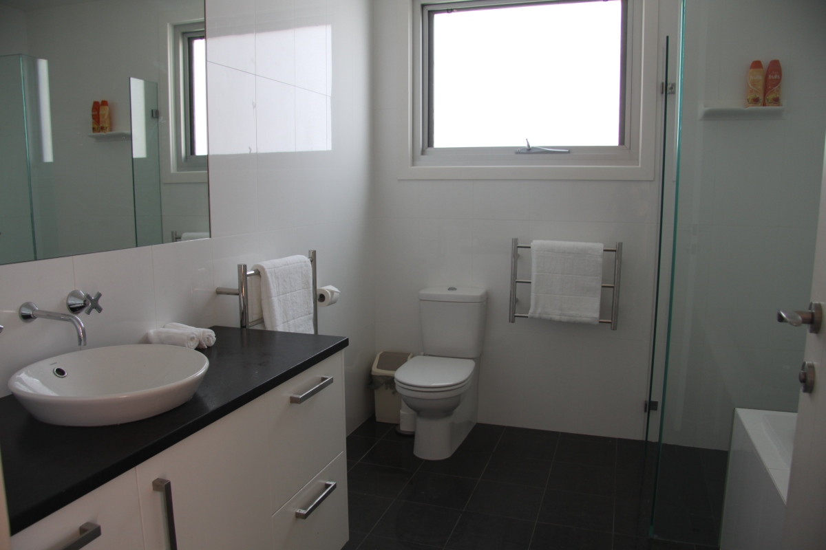Bathroom of family vacation home northern beaches sydney