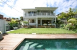 Beach Holiday House with pool Sydney North