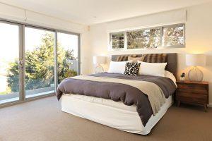 Luxurious bedding Headland Hideaway
