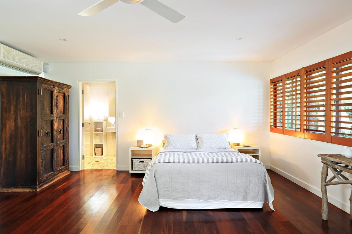 Comfortable guest bedrooms Sydney Holiday Home Freshwater Beach