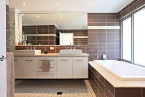 5 star bathrooms Headland Hideaway northern beaches rental