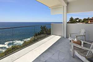 Waterfront Elegance Clifftop Holiday Home Dee Why Beach