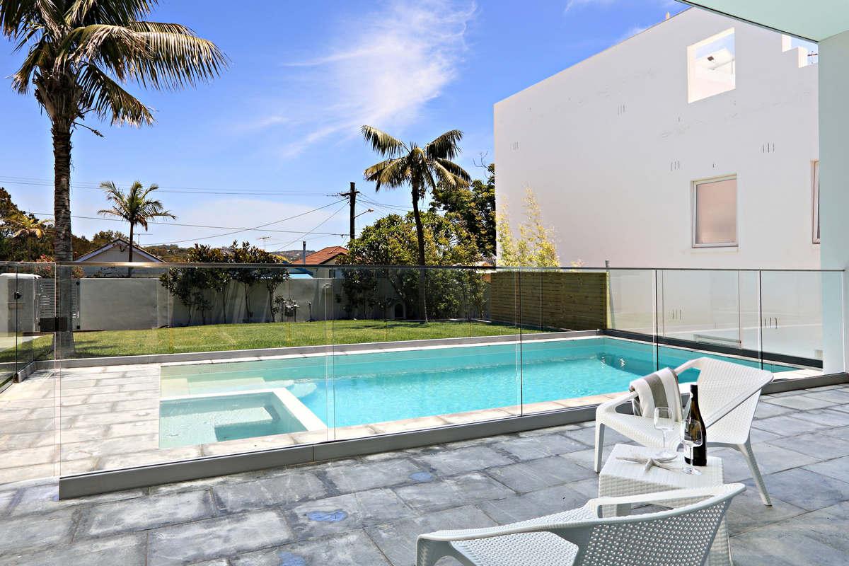 Swimming Pool area Holiday House Rental Dee Why Beach Sydney